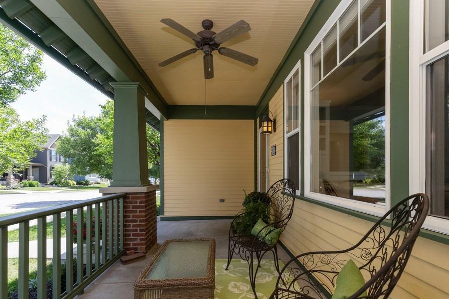 Real Estate Photography - 9001 NE 79th St, Kansas City, MO, 64158 - Porch