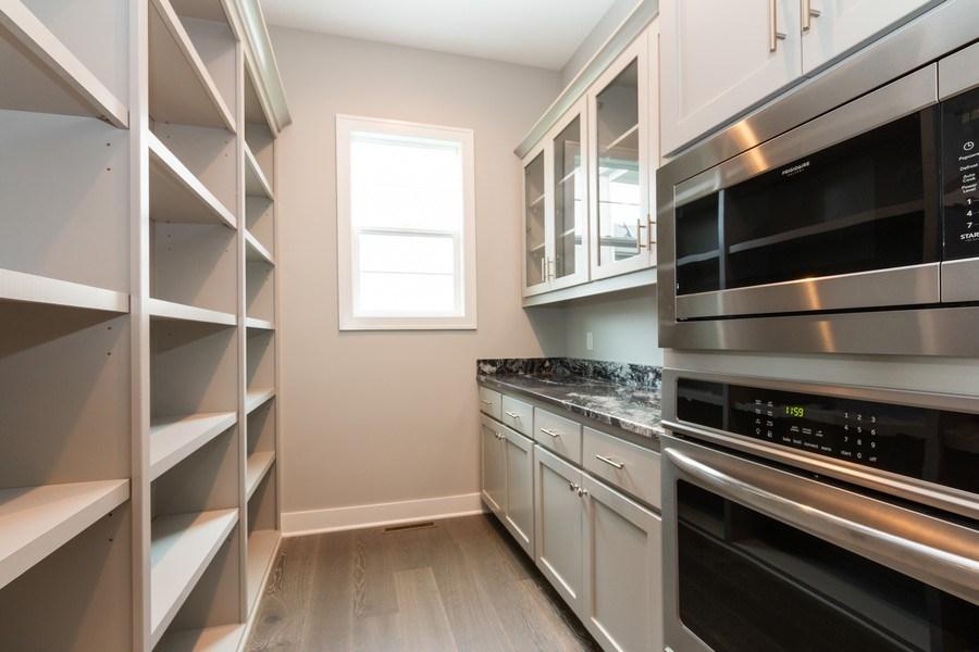 Real Estate Photography - 16104 Melrose St., Overland Park, KS, 66221 - Kitchen