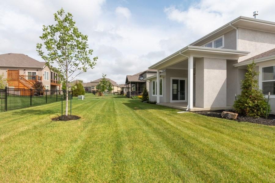 Real Estate Photography - 16104 Melrose St., Overland Park, KS, 66221 - Back Yard
