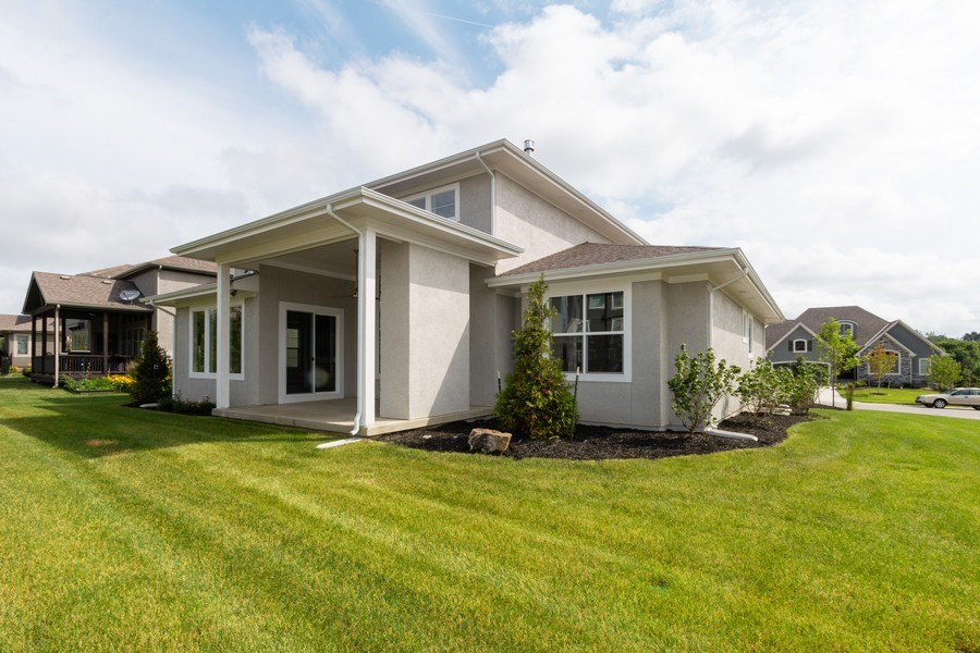 Real Estate Photography - 16104 Melrose St., Overland Park, KS, 66221 - Side View