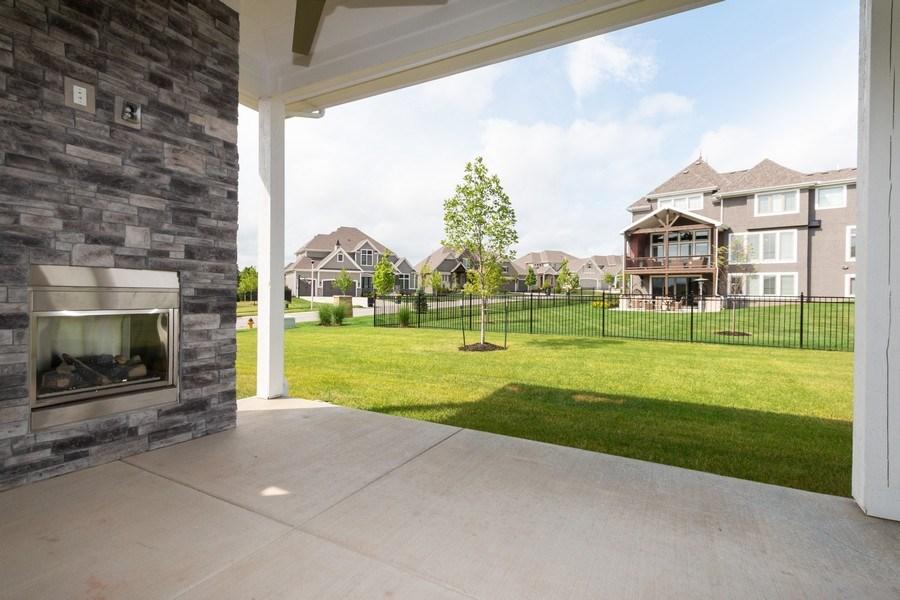Real Estate Photography - 16104 Melrose St., Overland Park, KS, 66221 - Porch