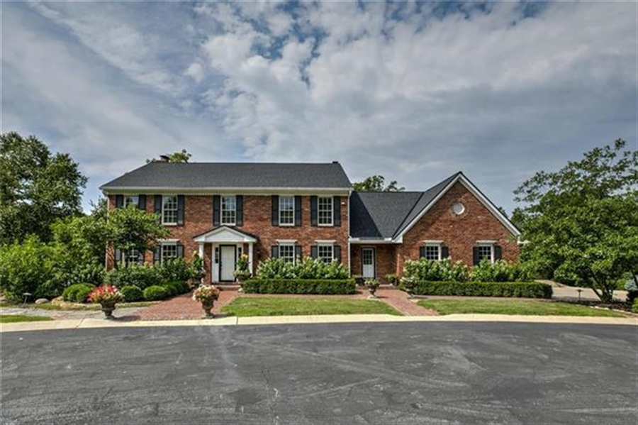 Real Estate Photography - 17704 S Rolling Hills Rd, Belton, MO, 64012 - Location 2
