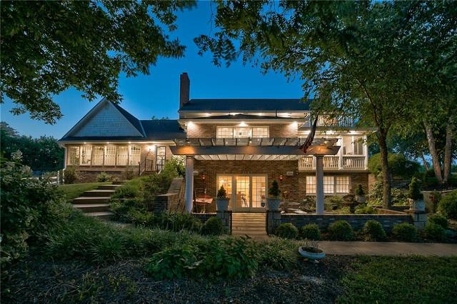 Real Estate Photography - 17704 S Rolling Hills Rd, Belton, MO, 64012 - Location 13