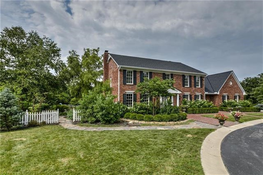 Real Estate Photography - 17704 S Rolling Hills Rd, Belton, MO, 64012 - Location 17