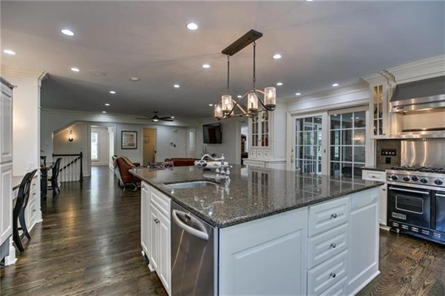 Real Estate Photography - 17704 S Rolling Hills Rd, Belton, MO, 64012 - Location 23