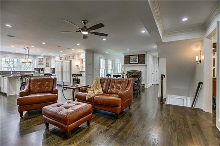 Real Estate Photography - 17704 S Rolling Hills Rd, Belton, MO, 64012 - Location 26