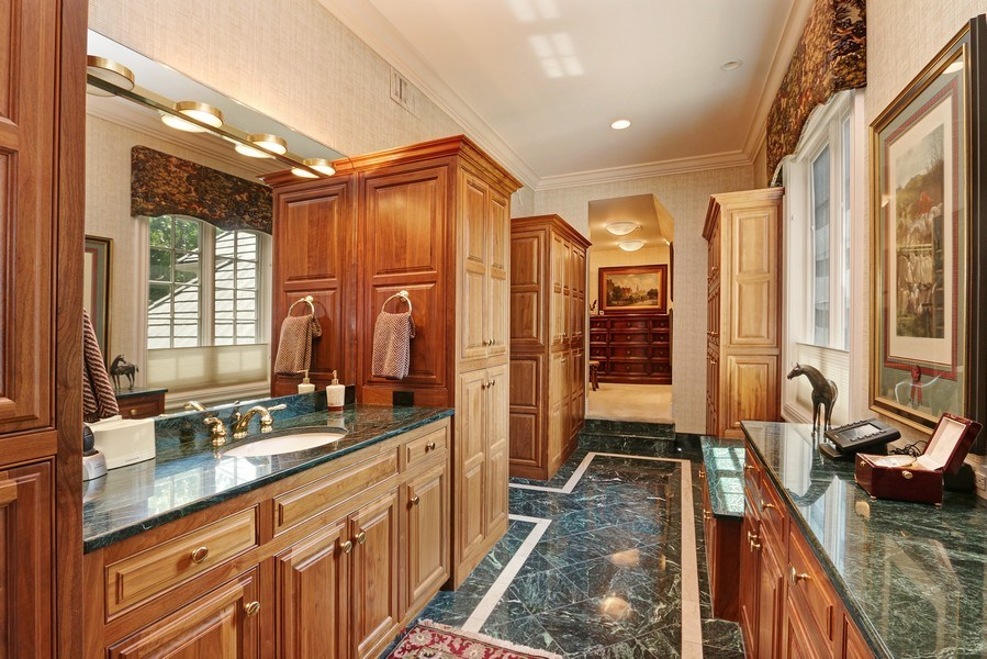 Real Estate Photography - 11521 Pawnee Circle, Leawood, KS, 66211 - Master Bathroom