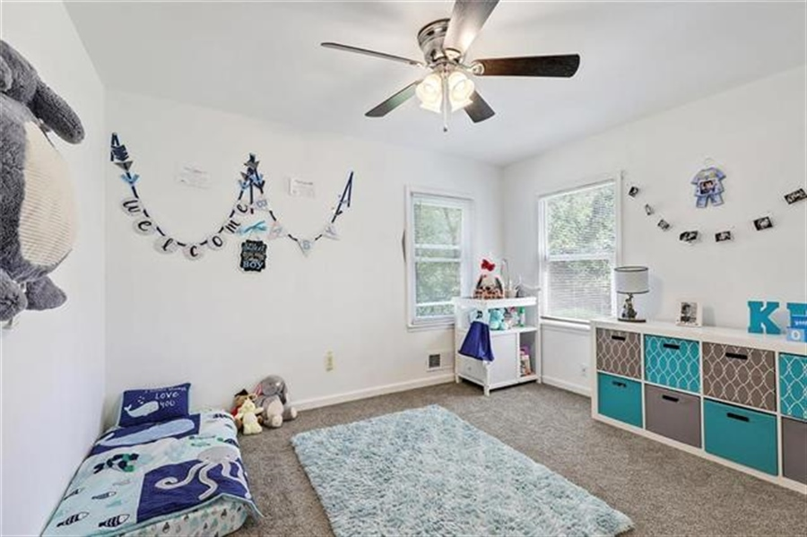 Real Estate Photography - 6201 N Topping Ave, Kansas City, MO, 64119 - Location 10