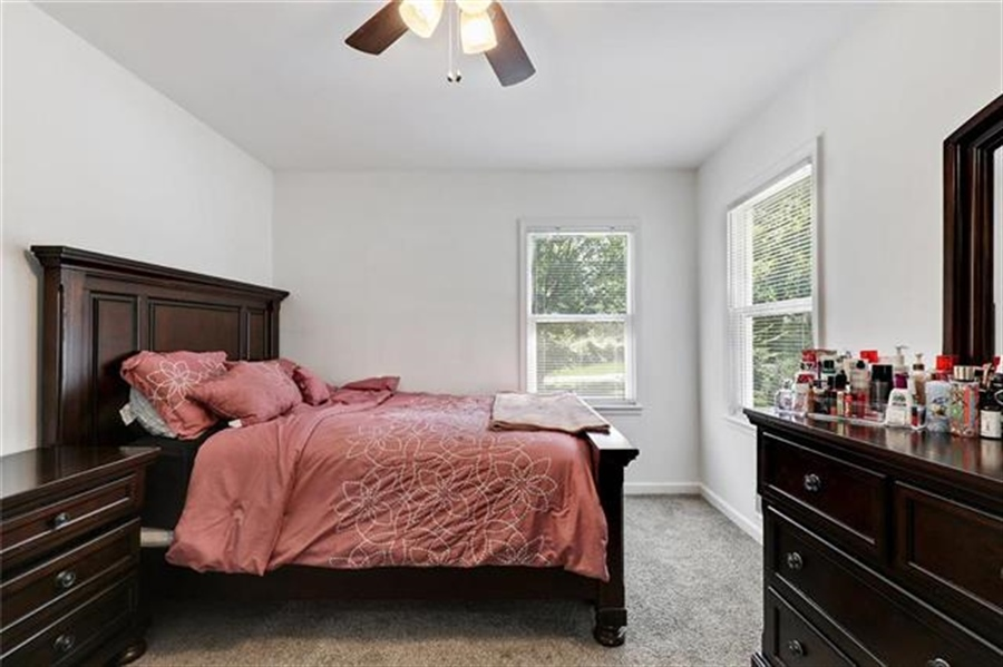 Real Estate Photography - 6201 N Topping Ave, Kansas City, MO, 64119 - Location 12
