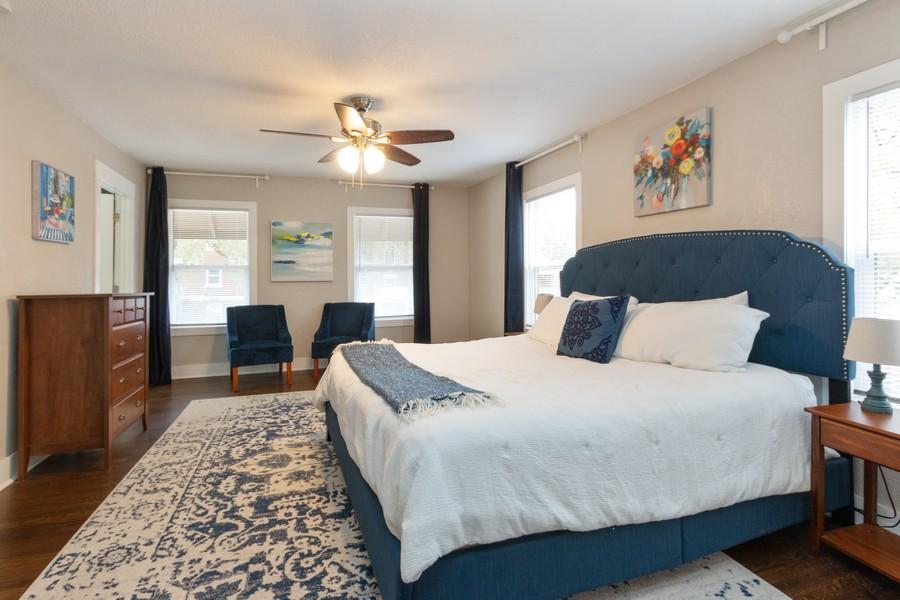 Real Estate Photography - 3347 Gillham Road, Kansas City, MO, 64109 - Master Bedroom