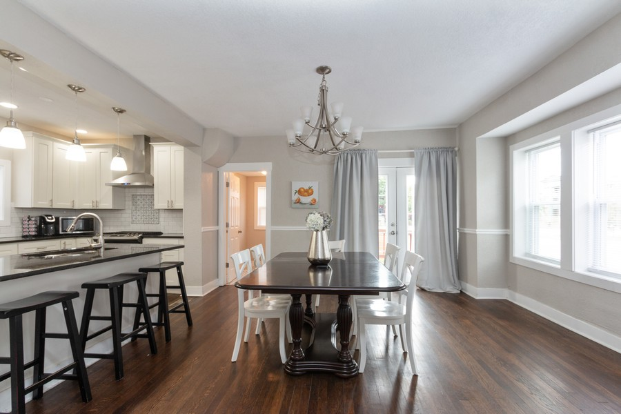 Real Estate Photography - 3347 Gillham Road, Kansas City, MO, 64109 - Dining Room