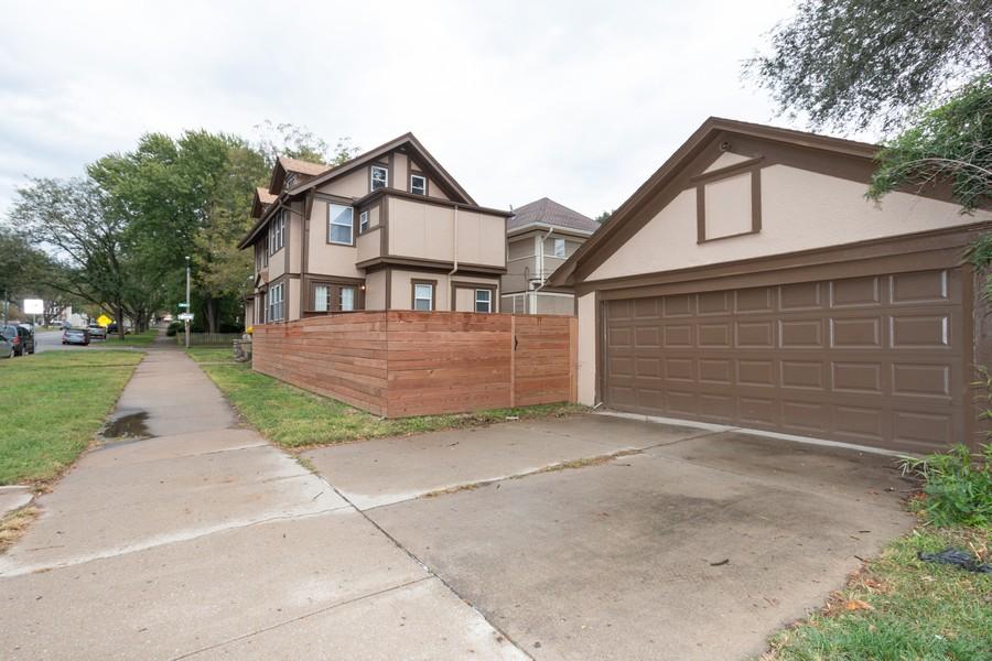 Real Estate Photography - 3347 Gillham Road, Kansas City, MO, 64109 - Garage