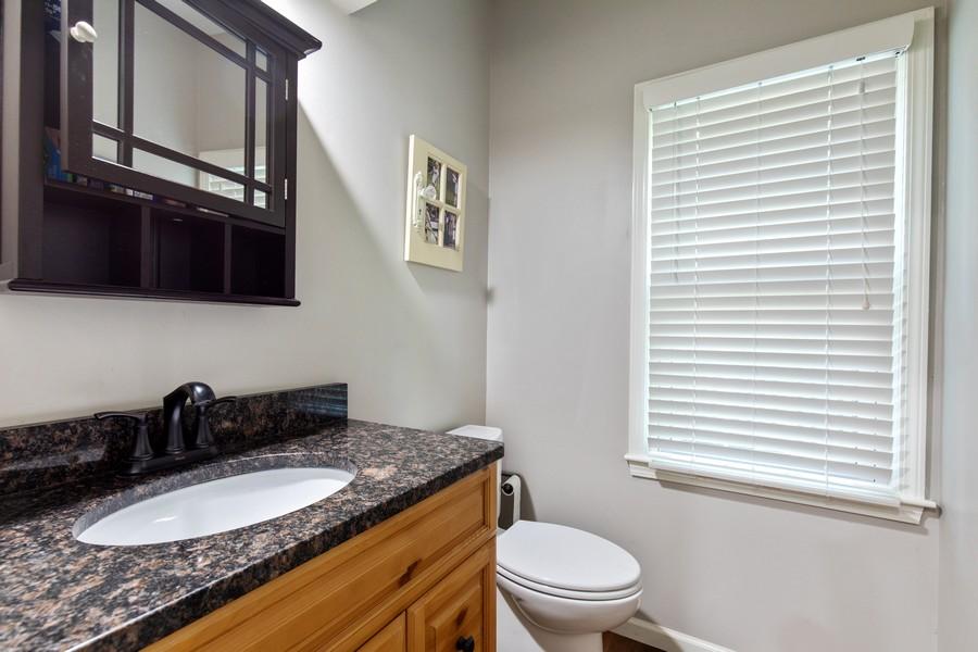 Real Estate Photography - 10404 W. 131st ter, Overland Park, KS, 66210 - Bathroom