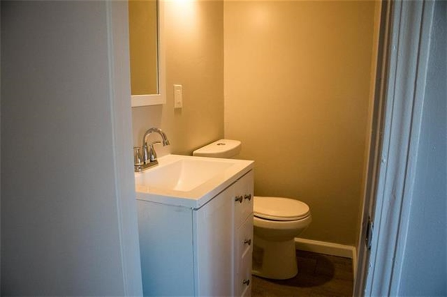 Real Estate Photography - 9100 Holmes Rd, Kansas City, MO, 64131 - Location 10
