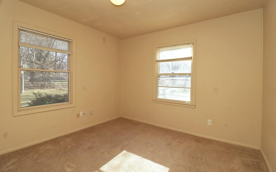 Real Estate Photography - 7515 Mackey St, Overland Park, KS, 66204 -