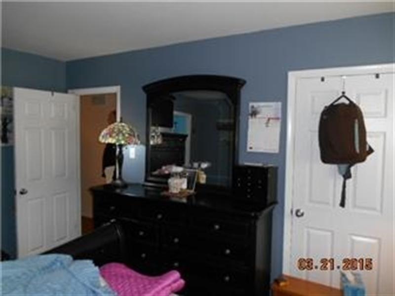 Real Estate Photography - 1004 Lawndale Rd, Wilmington, DE, 19810 - Location 11