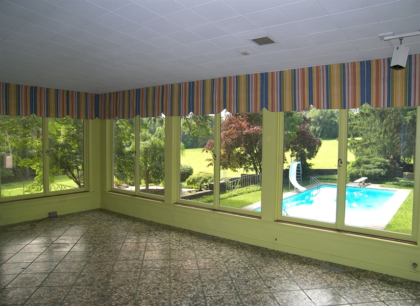 Real Estate Photography - 206 Montchanin Road, Greenville, DE, 19807 - Sun room