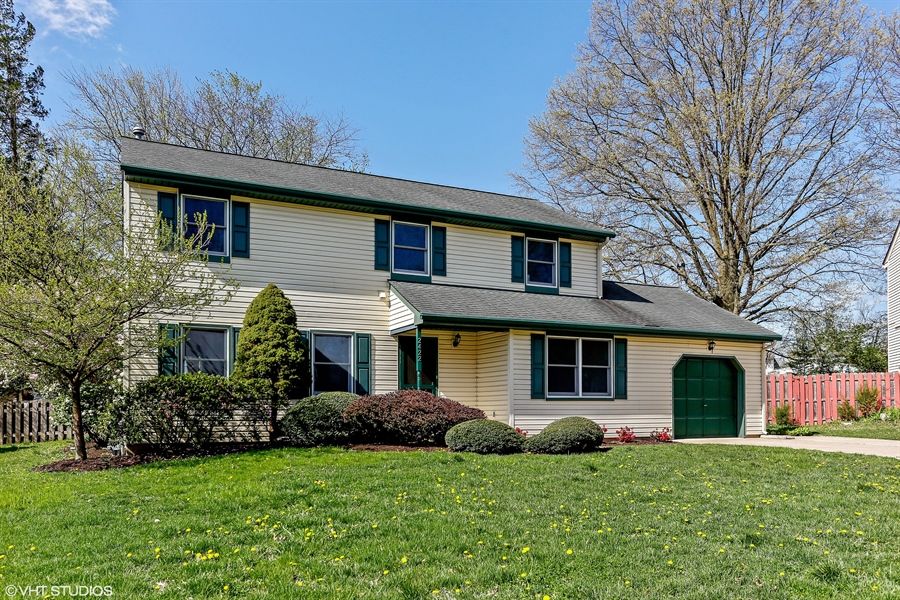 Real Estate Photography - 2422 Calf Run Dr, Wilmington, DE, 19808 - Welcome to 2422 Calf Run