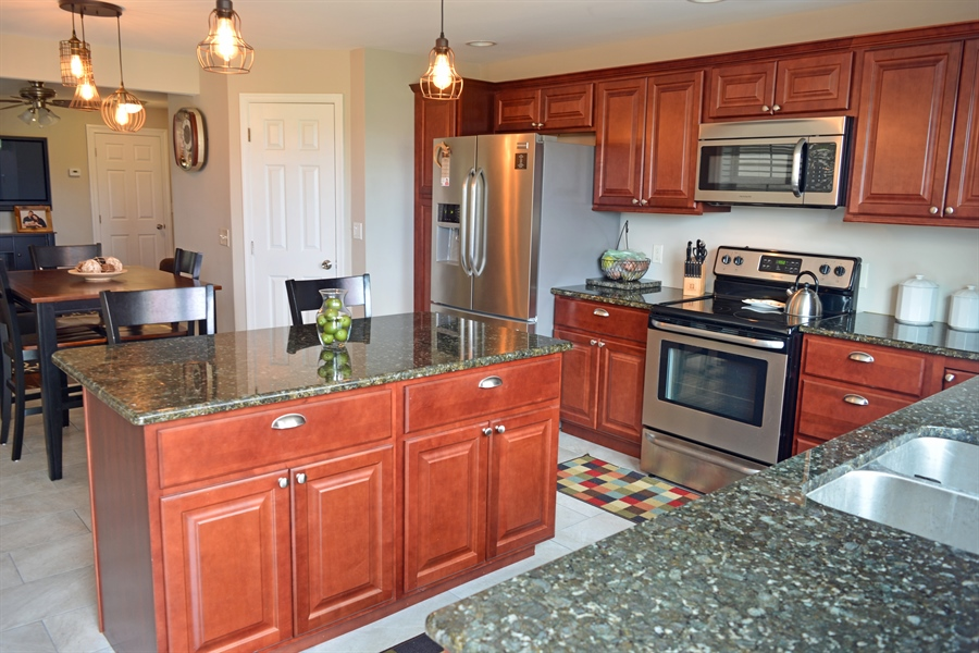 Real Estate Photography - 222 E 2nd St, New Castle, DE, 19720 - Granite Counters & Island