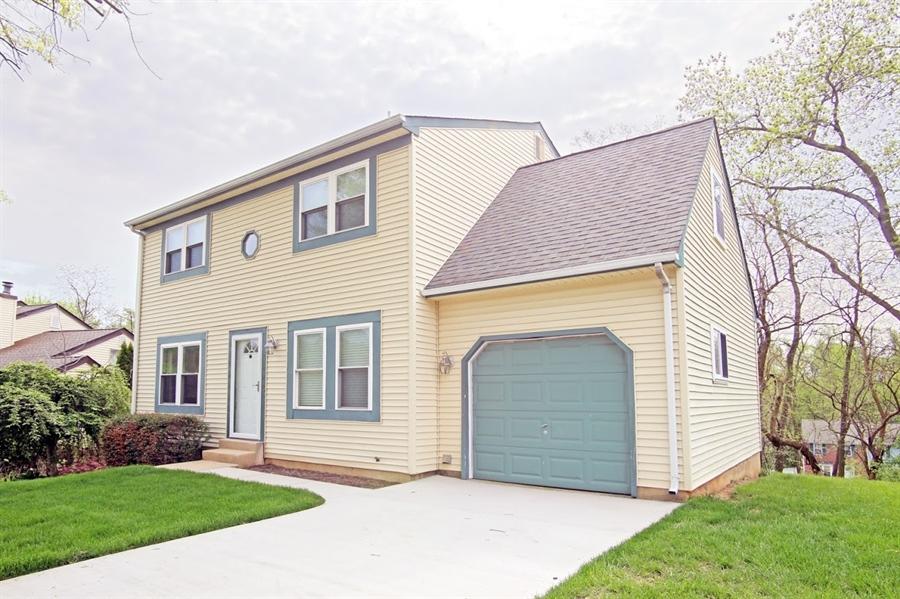 Real Estate Photography - 2226 Saint Francis St, Wilmington, DE, 19808 - Front