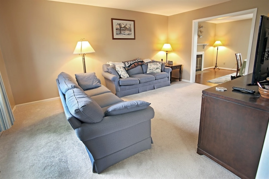 Real Estate Photography - 2226 Saint Francis St, Wilmington, DE, 19808 - Living Room