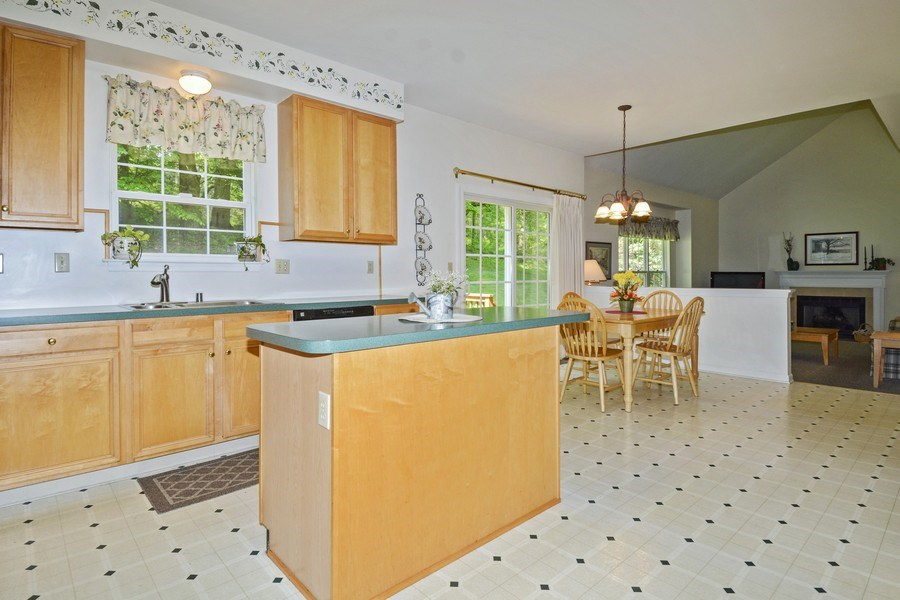 Real Estate Photography - 508 Thorndale Dr, Hockessin, DE, 19707 - Kitchen