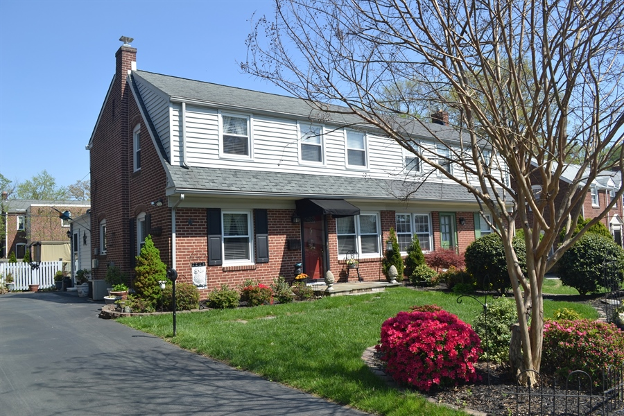 Real Estate Photography - 308 Tindall Rd, Wilmington, DE, 19805 - Welcome to 308 Tindall Rd