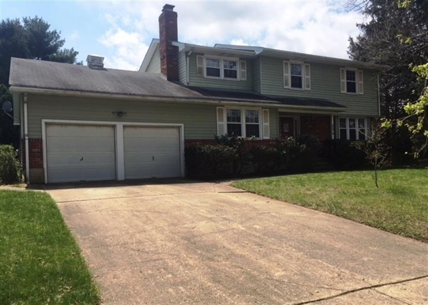 Real Estate Photography - 4747 Hogan Dr, Wilmington, DE, 19808 - Location 1