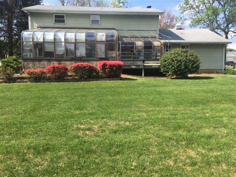 Real Estate Photography - 4747 Hogan Dr, Wilmington, DE, 19808 - Location 5