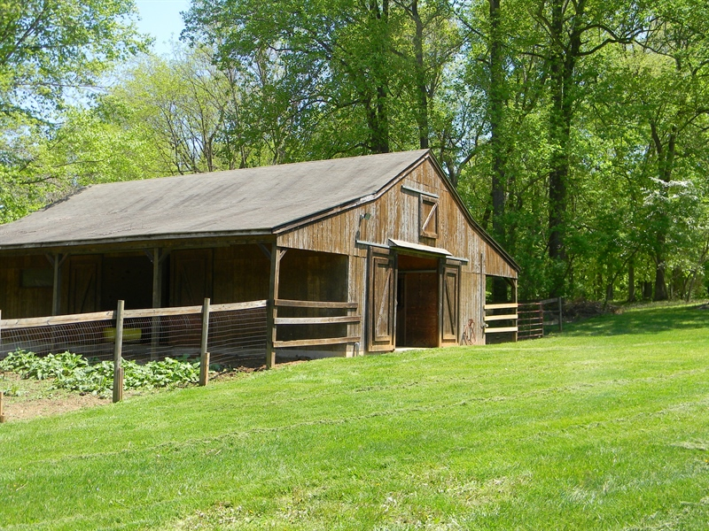 Real Estate Photography - 695 Ragan Rd, Conowingo, MD, 21918 - 4 STALLS, FEED/TACK RM, EQUIP. STORAGE