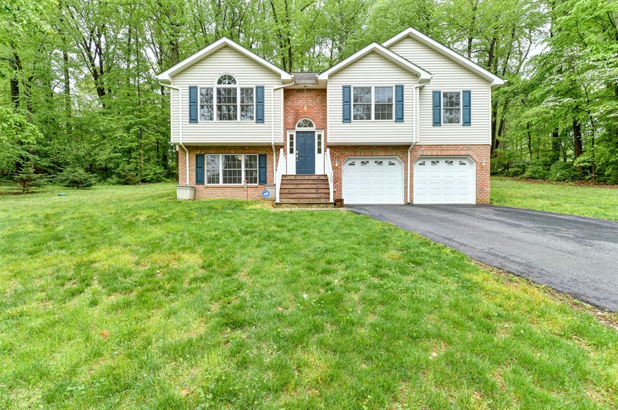Real Estate Photography - 125 Algonquin Dr, Rising Sun, MD, 21911 - WELCOME HOME!