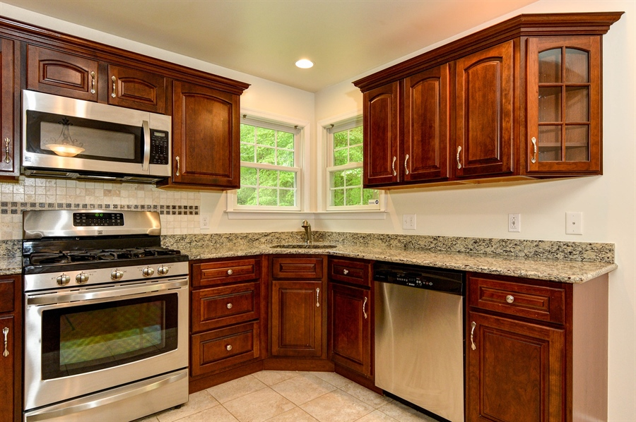 Real Estate Photography - 125 Algonquin Dr, Rising Sun, MD, 21911 - STAINLESS APPLIANCES