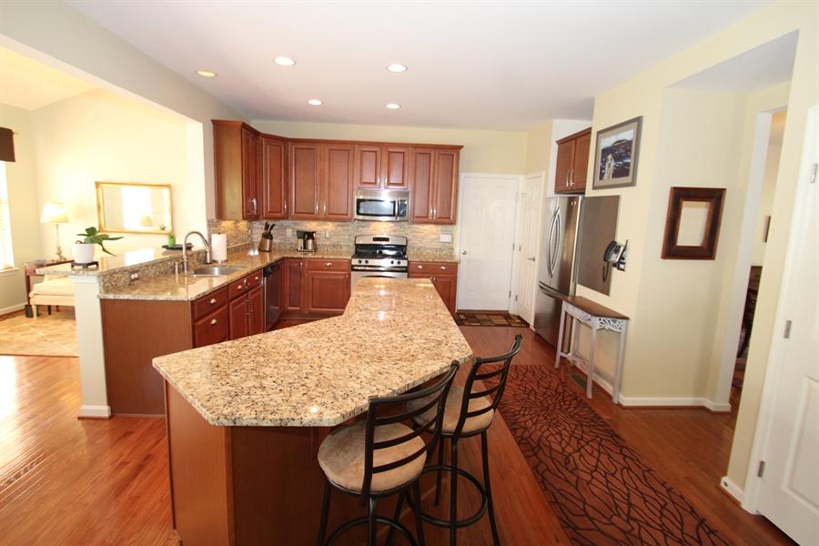 Real Estate Photography - 927 Aringa Way, Avondale, PA, 19311 - Kitchen