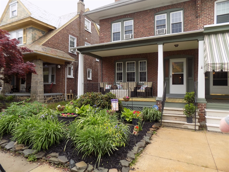 Real Estate Photography - 807 W 22nd St, Wilmington, DE, 19802 - Location 1