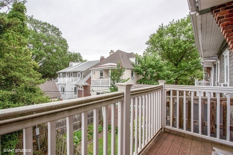 Real Estate Photography - 807 W 22nd St, Wilmington, DE, 19802 - 2nd floor deck