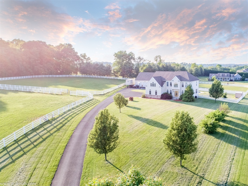 Real Estate Photography - 85 Rolling Green Ln, Elkton, MD, 21921 - Buy w/ adjacent 3.5 ac, $165,000 lot for nice farm