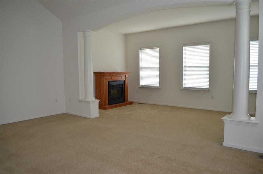 Real Estate Photography - 15 Bay Blvd, Newark, DE, 19702 - Sitting area in Master Bedroom