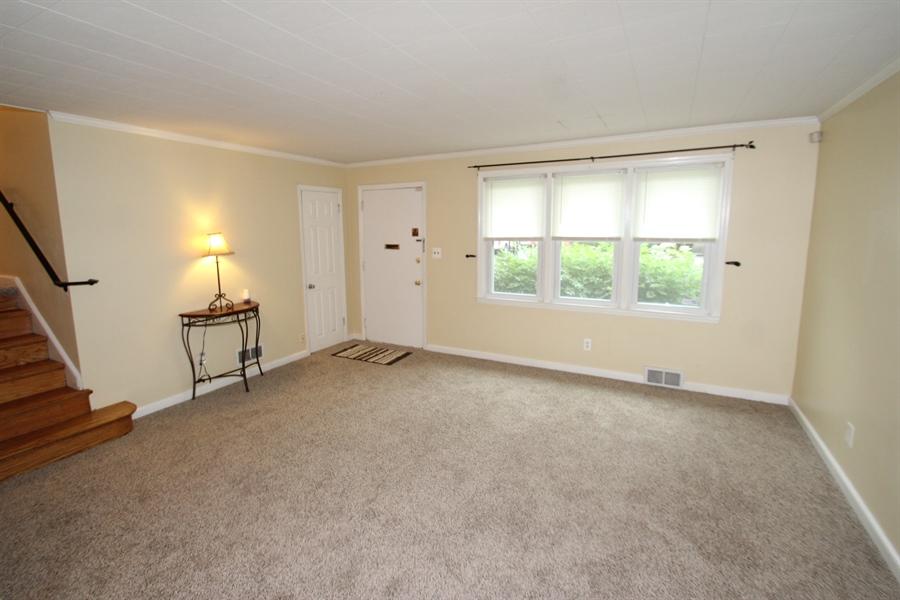 Real Estate Photography - 1500 McGovern Ter, Wilmington, DE, 19805 - Living Room