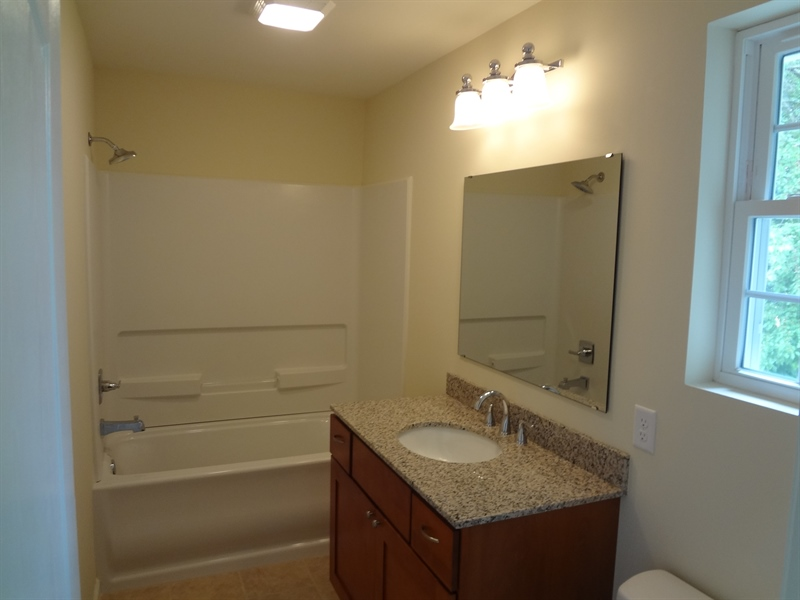 Real Estate Photography - 9 N Main Street, Magnolia, DE, 19962 - Full bathroom upstairs