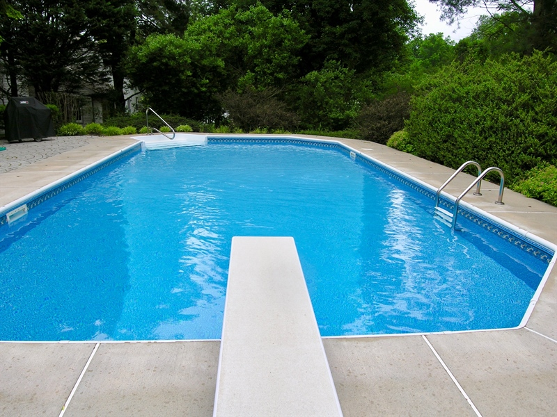 Real Estate Photography - 135 Belmont Dr, Wilmington, DE, 19808 - In-ground swimming pool