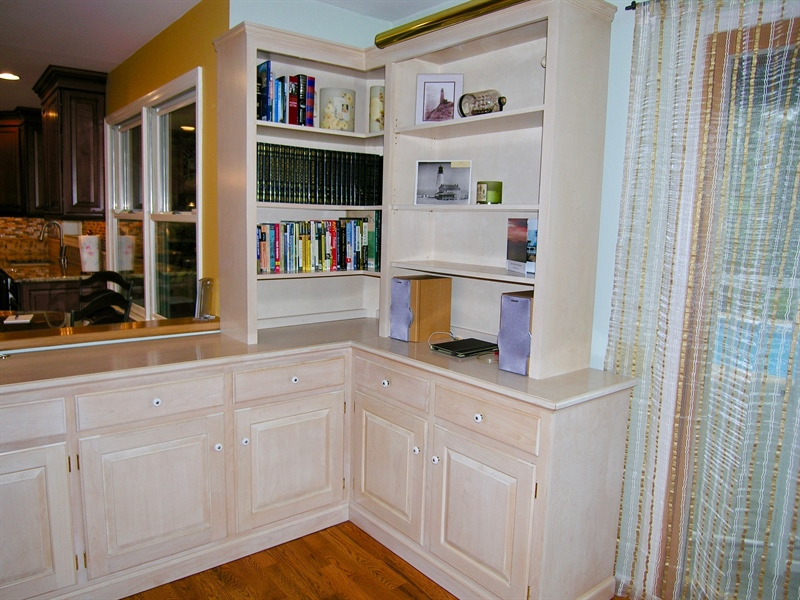 Real Estate Photography - 135 Belmont Dr, Wilmington, DE, 19808 - Custome Bookshelf in Family Room