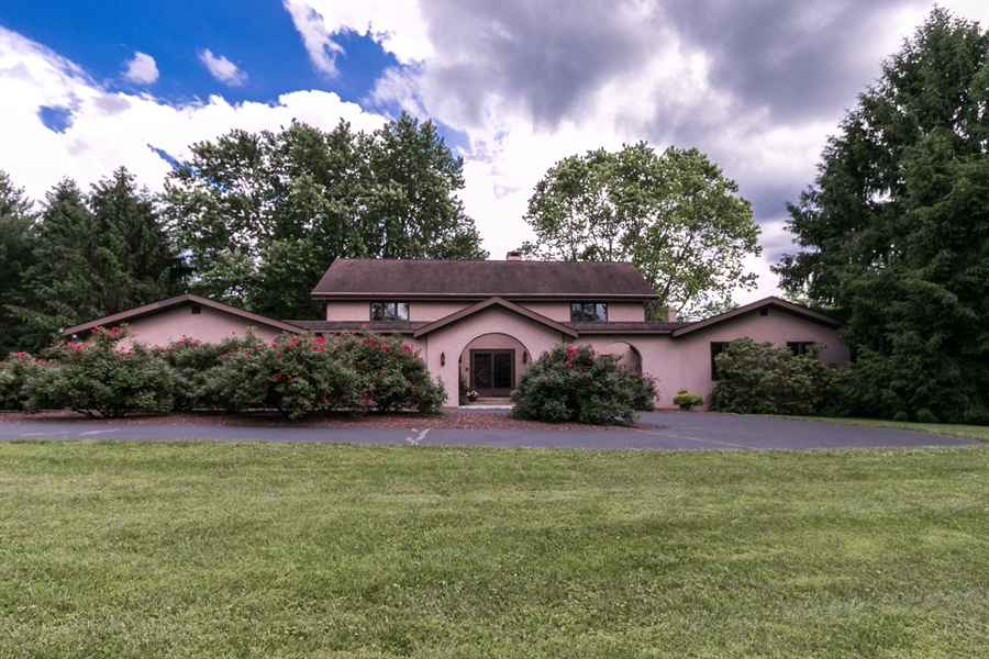 Real Estate Photography - 917 Roundelay Ln, West Chester, PA, 19382 - Location 1
