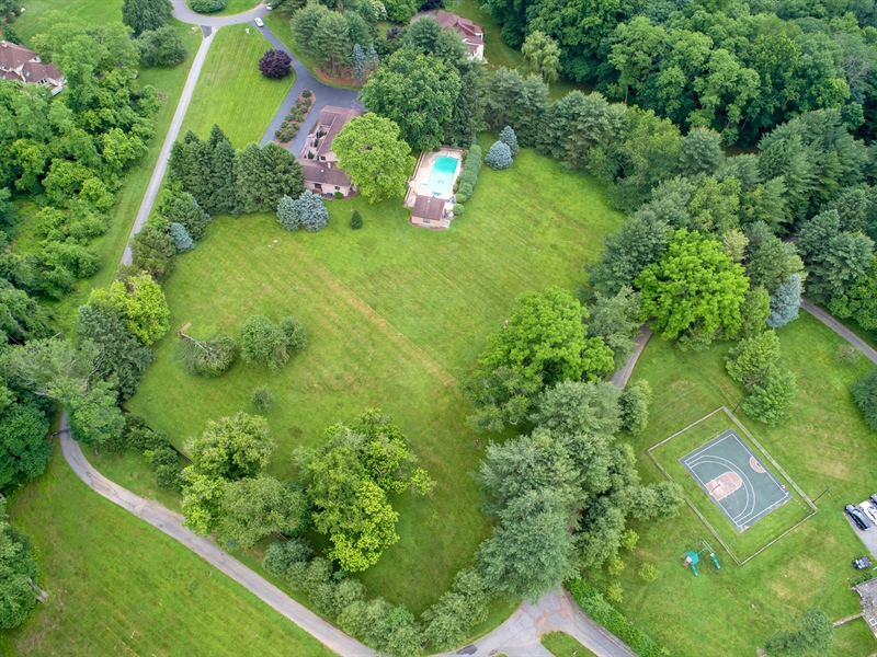 Real Estate Photography - 917 Roundelay Ln, West Chester, PA, 19382 - Location 25