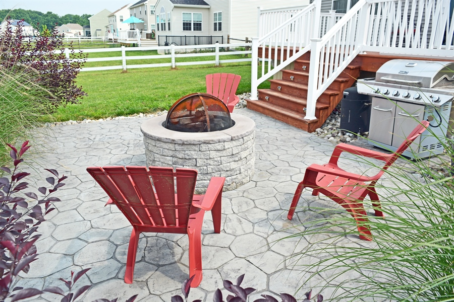 Real Estate Photography - 160 Shannon Blvd, Middletown, DE, 19709 - Paver Patio with Firepit