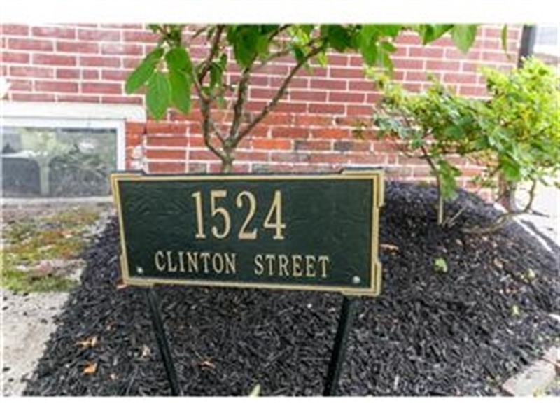 Real Estate Photography - 1524 Clinton St, Wilmington, DE, 19806 - Welcome to 1524 Clinton Street