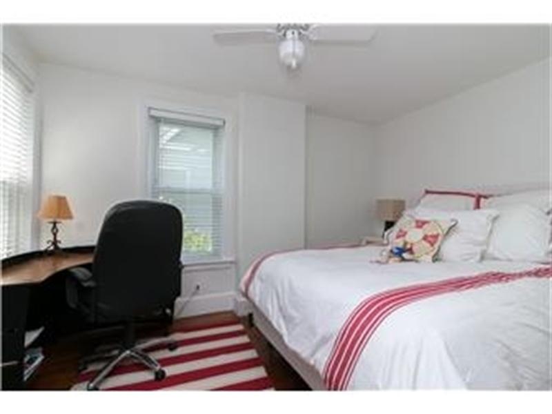 Real Estate Photography - 1524 Clinton St, Wilmington, DE, 19806 - Bedroom 2