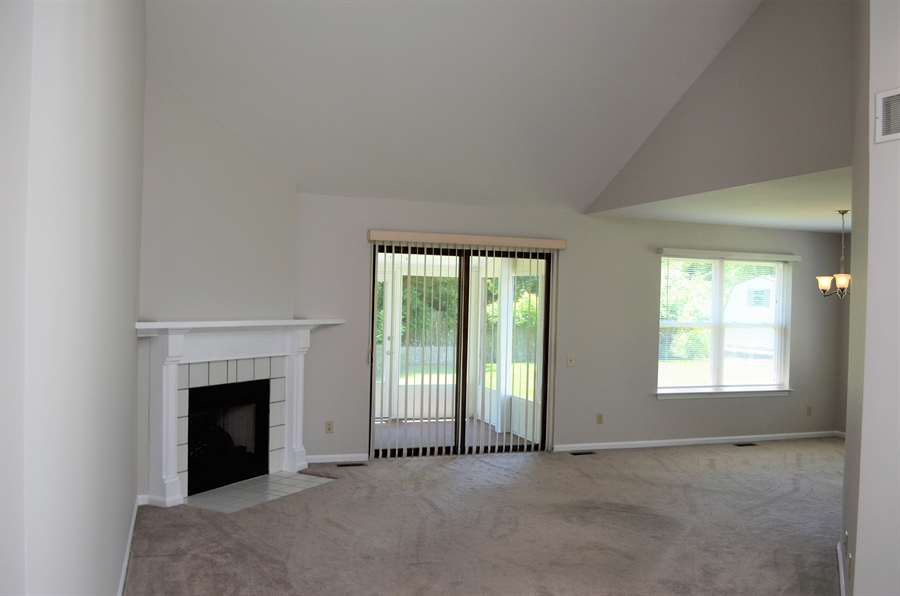 Real Estate Photography - 103 W Cobblefield Ct, Newark, DE, 19713 - Living Room w/ Gas Firplace.