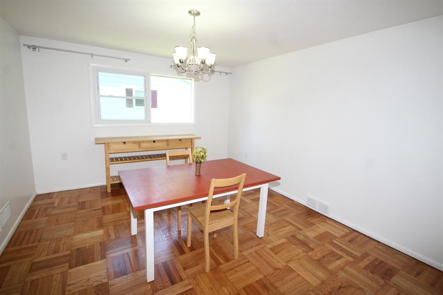 Real Estate Photography - 102 Radcliffe Dr, Newark, DE, 19711 - Dining Room