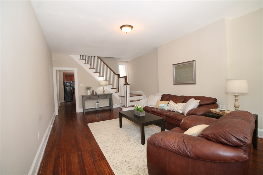 Real Estate Photography - 218 W 17th St, Wilmington, DE, 19802 - Spacious living room