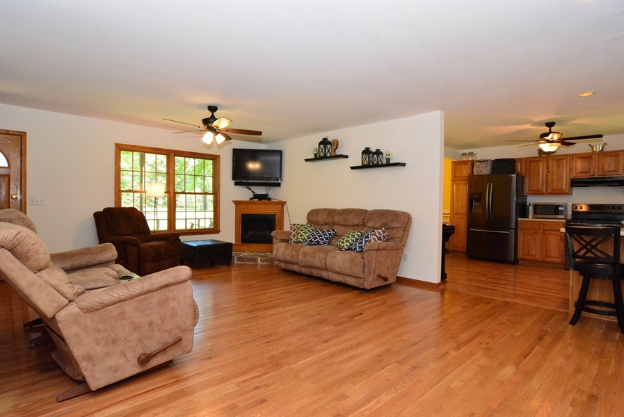 Real Estate Photography - 2 Whispering Woods Dr, Georgetown, DE, 19947 - Family Room / Living Room